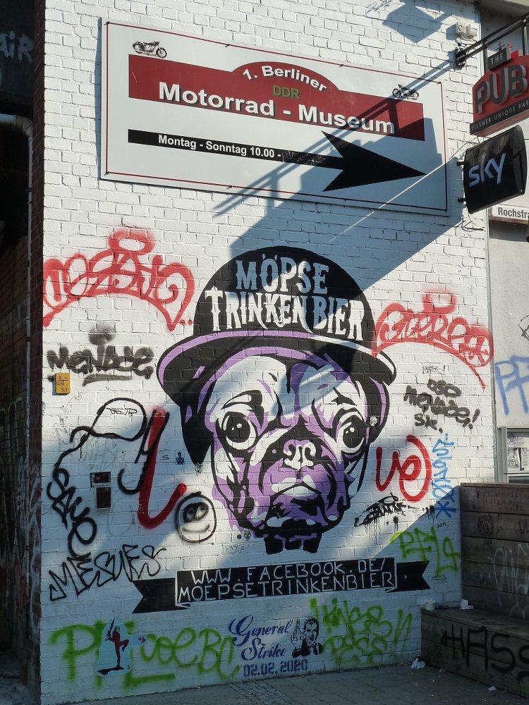 Unique British Bull Dog Bad METRO POLICE Chain Cuff  Unique