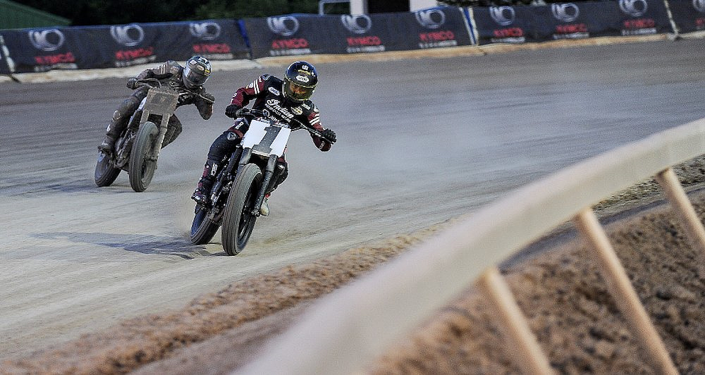 How not to learn flat track - RevZilla