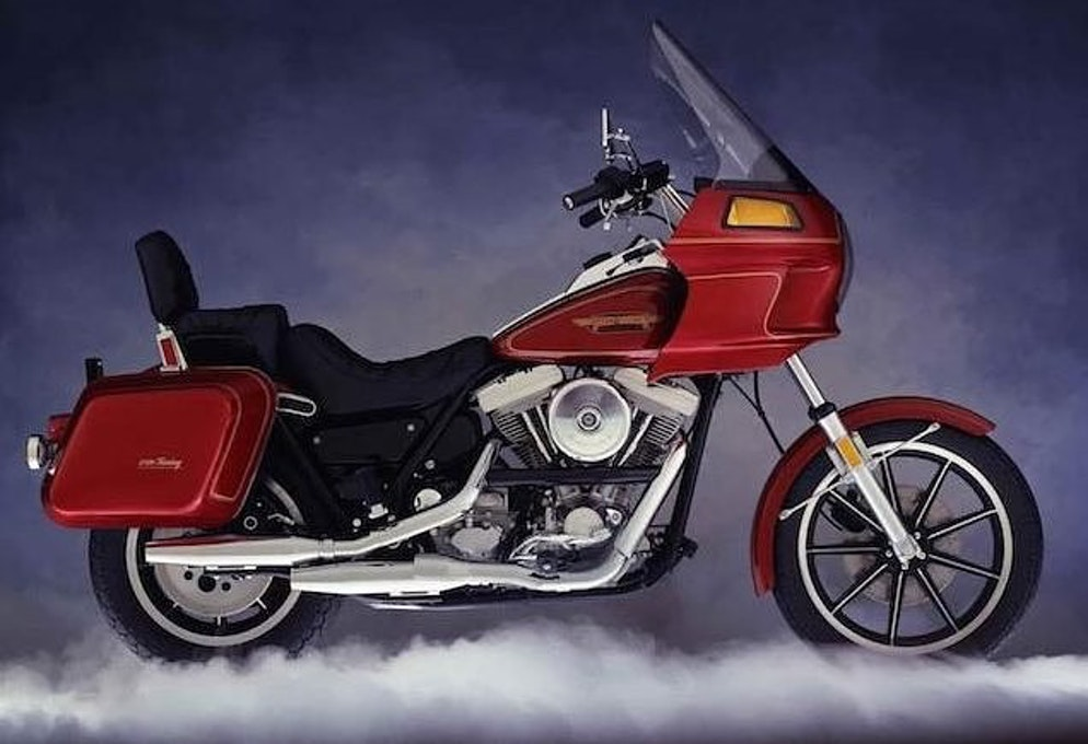 2018 Harley-Davidson Sport Glide first look - RevZilla