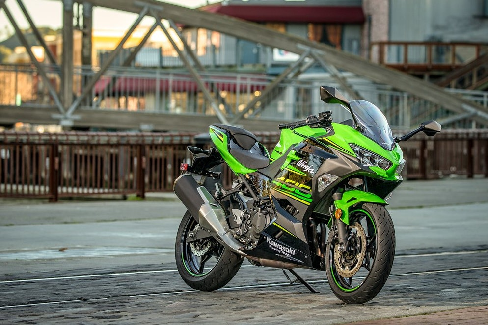 You needed to know: Kawasaki Ninja 400 - RevZilla