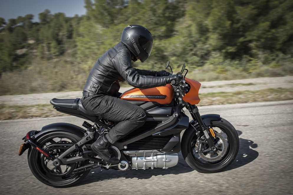 Tremendous 2020 Harley Davidson Livewire Price Range And Speed Revzilla Caraccident5 Cool Chair Designs And Ideas Caraccident5Info