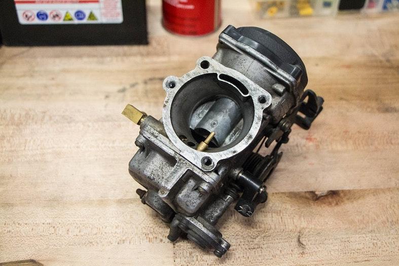 FUNCIONAN LOS CARBURADORES DE MOTOCICLETA,carburador de motocicleta,Ventajas del carburador de motocicleta,Qué hace que el aire fluya a través del carburador y dentro del motor,Deslizamiento mecánico vs. carburadores de velocidad constante, ¿CÓMO FUNCIONAN LOS CARBURADORES DE MOTOCICLETA?, VENTOS